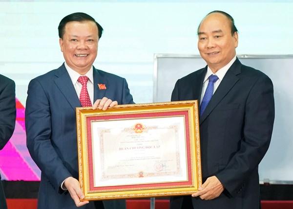Thủ tướng Nguyễn Xuân Phúc: Không tận thu, cũng không có chuyện ban phát