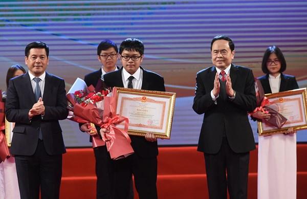Lễ tuyên dương học sinh THPT đoạt giải Olympic quốc tế 2020