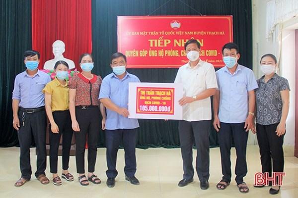 Thị trấn Thạch Hà - tỉnh Hà Tĩnh ủng hộ hơn 200 triệu đồng cho công tác phòng chống dịch