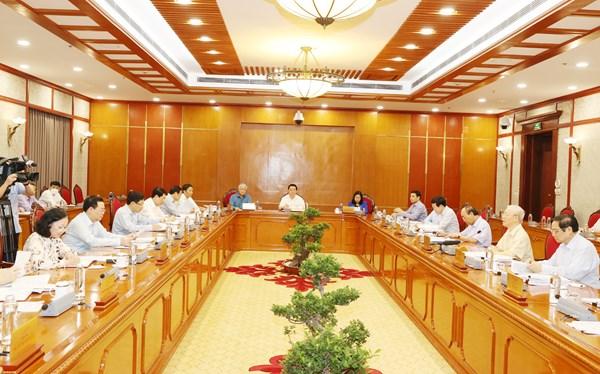 Tổng Bí thư Nguyễn Phú Trọng chủ trì họp Bộ Chính trị về tình hình thực hiện kế hoạch phát triển kinh tế - xã hội